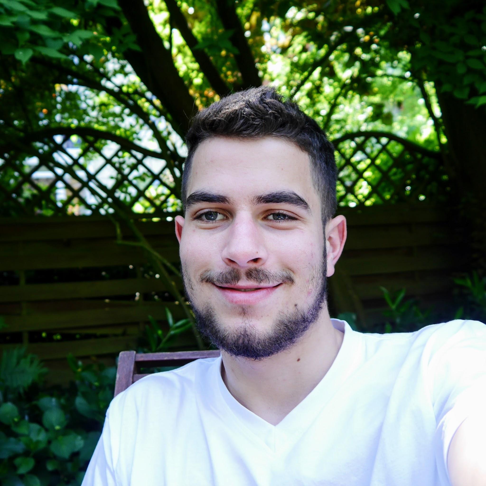 Liam Hurwitz